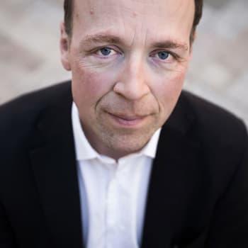 Tuore elämäkerta: Jussi Halla-ahon juuret syvällä sivistyksessä