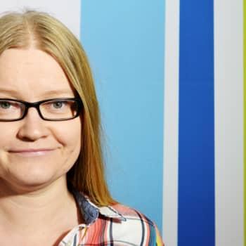Radio Suomesta poimittuja: Johanna Vehkoo: Jos äitisi sanoo 'rakastan sinua', tarkista se