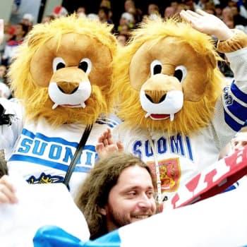 Nosto: Urheilufanitus on kansallista paatosta ja karnevalismia