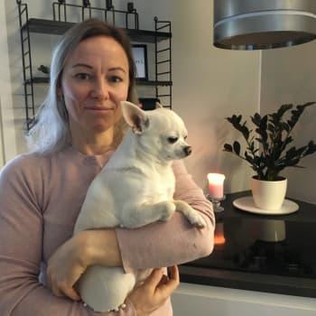 """Vapaaehtoistyö on vienyt haapajärvisen Piia Tiiton mukanaan: """"Perheiden kohtaaminen tuo hyvän mielen"""""""