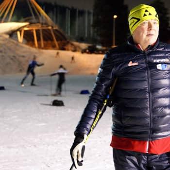 Reijo Jylhän pitkään uraan huippuvalmentajana mahtuu hurmosta ja epätoivoa