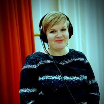 Mitä ministeri Annika Saarikko lupaa uppoavan kulttuurialan pelastukseksi? - Mihin tarvitaan uutta yliopistoa?