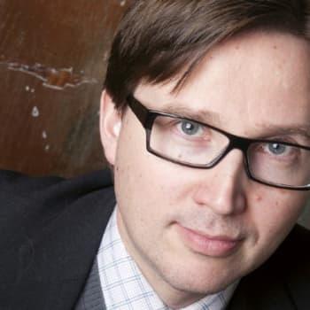 Viikon kirja: Antti Leikas Huopaaminen