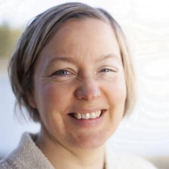 Säsong 1, avsnitt 6/8: Anna-Pia Svarvar överlevde en livsfarlig förlossning och dotterns alltför tidiga död