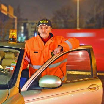 Operation Snöflinga är ute och hjälper i jultrafiken