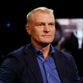 Nuet fascinerar historikern Henrik Meinander