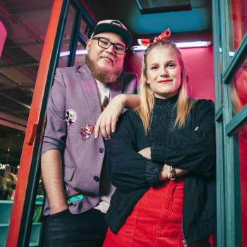 YleX Pitkä Viikonloppu - Tuppiksen teiniblogi ja farssin hajuinen vetokisa