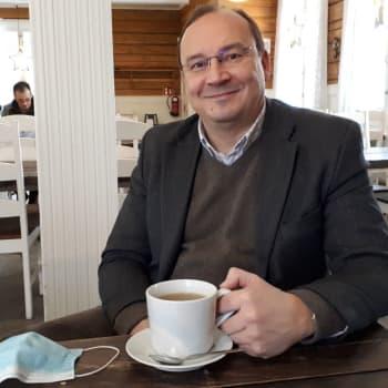 Barentsin ja pohjoisen ulottuvuuden suurlähettiläs Jari Vilén palasi perheineen kovasti kansainvälistyneeseen Suomeen