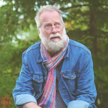 Göran Sjöholm ger ut skiva med egna visor