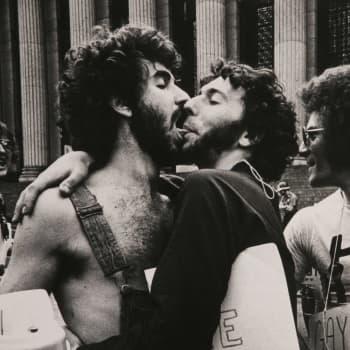 Det är femtio år sedan det var olagligt att vara gay i Finland - vad har hänt sedan dess?