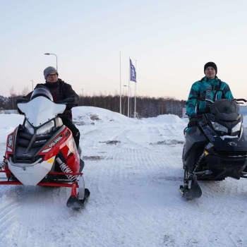 John Björklöf och Mats Nyberg berättar om snöskoterleden från Snappertuna till Langansböle
