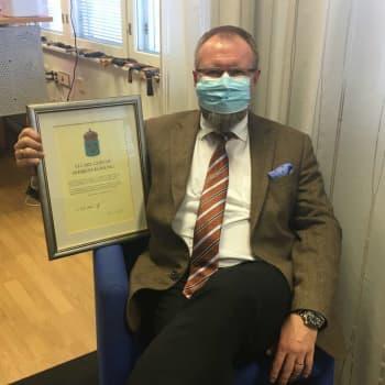 Ari-Pekka Saari Ruotsin kunniakonsuliksi Kotkaan