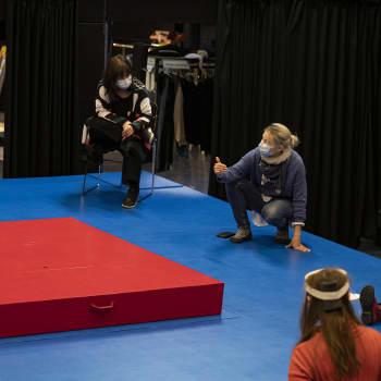 Lapsen huumekierteestä kertova näytelmä ammentaa todellisesta elämästä