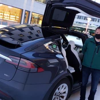 Sähköauton käytössä Lapissa on omat vaivansa - ilojakin tulevaisuuden kulkupelissä on