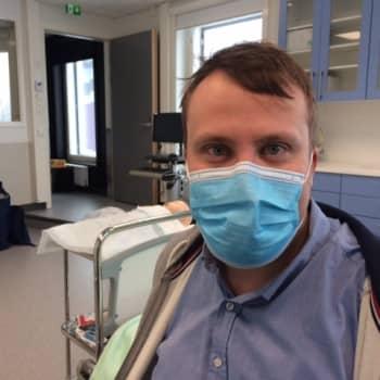 """""""Koronavirus ei mihinkään häviä, vaan se muokkaantuu kiertäväksi virukseksi"""", uskoo Essoten terveyspalvelujohtaja Santeri"""