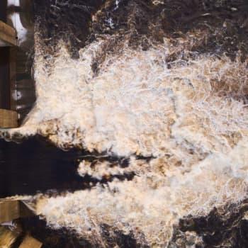 Jää jumitti Merikosken voimalaitoksen patoluukkuja Oulussa – tilanne oli vakava, arvioi ely-keskus