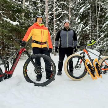 Maastopyöräily metsässä sujuu talvellakin kun reitit ovat kunnossa