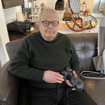 Valokuvauksen lainalaisuudet ovat samat - kuvasit älypuhelimella tai kameralla
