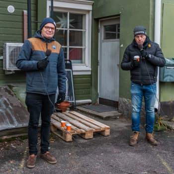Fredagskaffe med Staffan Pehrman och Robert Jordas - Om munskydd och andra skydd, och babyboomen i Nyland