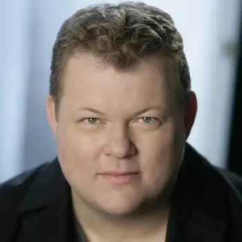 Rune Bergmann dirigerar Argovia Philharmonic, solist Jan Lisiecki, piano