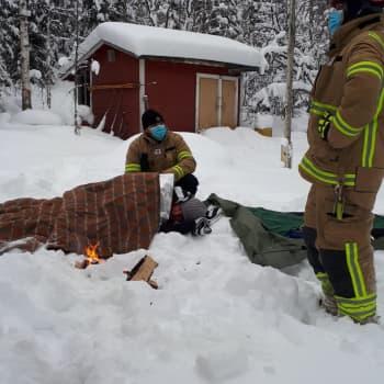 """Tosielämän supersankarit pelastivat tuskissaan lumihangessa värjöttelevän Kati Kinnusen: """"Kipu oli pahempaa kuin synnytyksessä."""""""