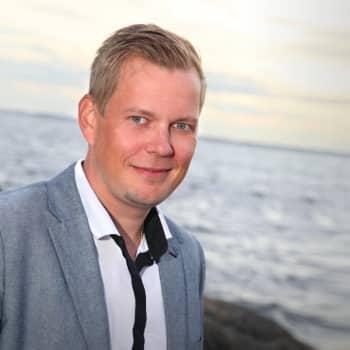 Patrick Blom tolkar Thorleifs