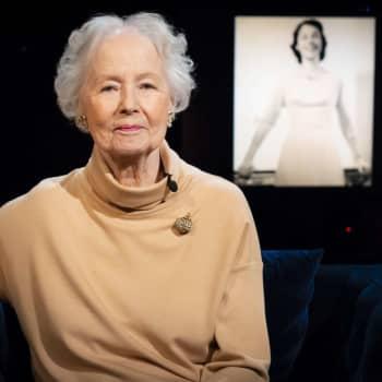 95-åriga Jutta Zilliacus tycker synd om coronagenerationen: Kriget stal fem år av min ungdom