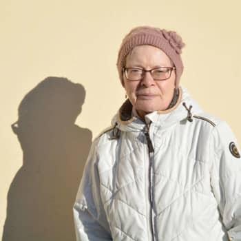 Blandade åsikter kring beslutet att flytta kommunalvalet – vi talade med folk på stan i Lovisa