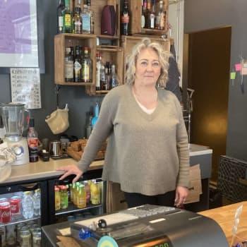 Ravintolasulku kurittaa yrittäjää - ulosmyynti ei kata kuluja