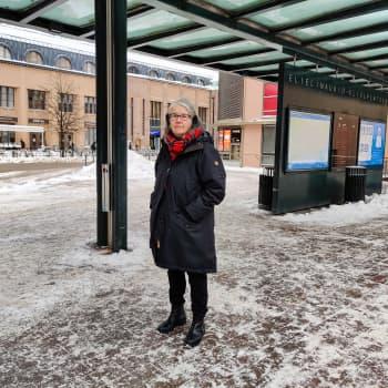 """Arkitekt riktar kritik mot massivt byggande på Elielplatsen: """"Det som planerats här är en helt överstor byggnad"""""""