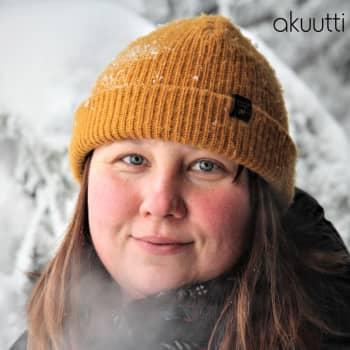 Metsästyksessä porukkaan kuulumisella on iso merkitys, saalis ei ole pääasia, sanoo Laura Mustonen