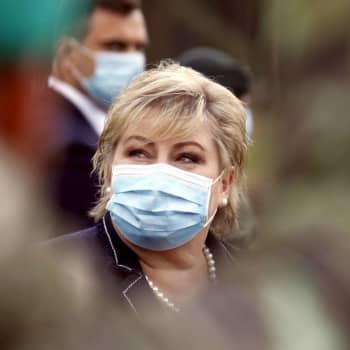 Norges statsminister Erna Solberg bröt mot coronarestriktionerna