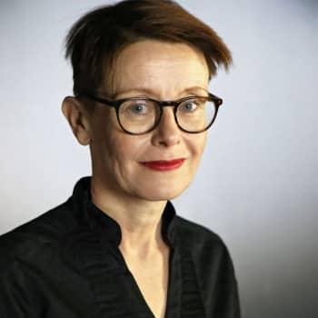 Asta Leppä: Miksi apaattiset uuninpankkopojat raivostuttavat keskiluokkaa?