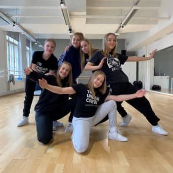 Jihuu  -  hämeenlinnalainen TR Urban Crew pääsi Talentin finaaliin