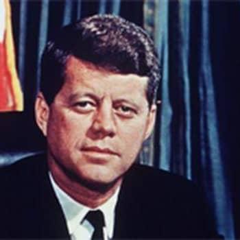 Radiolähetys keskeytyy Kennedyn murhauutiseen