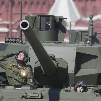 Ryssland spänner musklerna