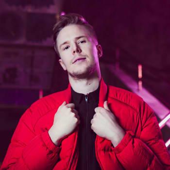 Bicep, Fatima Yamaha, DJ Boring & Dance System | Selektori: Smok | YleX