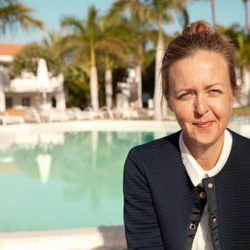 Sarah Sundström åkte utomlands som ung och stannade kvar
