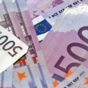Elvytystä vai sopetustoimia  - ekonomistit arvioivat rahankäytön raameja