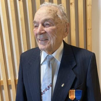 Kahden sodan veteraani Aarne Rautiola - sodassa ei osannut pelätä