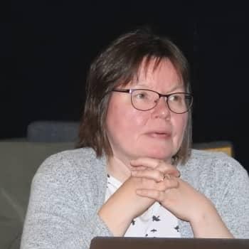 Kielâiäláskittemist já kielâpiervâlijn Marja-Liisa Olthuis uusi