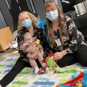 Koronan jälkeen seurankunnan kerhot ovat jälleen auenneet - vauvakahvila on tärkeä paikka