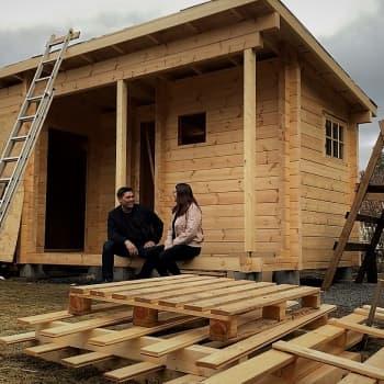 Erillinen sauna löytyy yhä useammasta pihapiiristä - toinen koronakevät kiihdytti piharakentamista