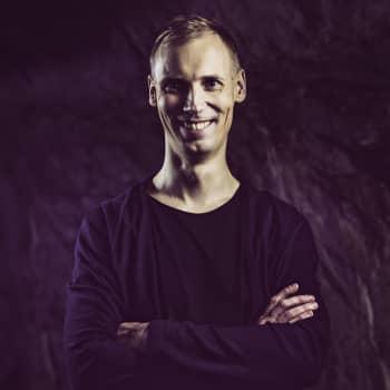 Piano vs. Saksofoni vs. Dubstep | Suomen virallinen tanssilista | TOP15