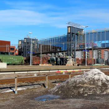 Kommunalvalsdebatt på fullmäktigemöte i Åbo