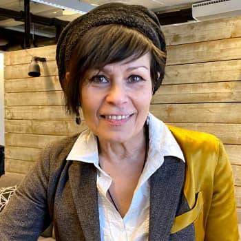 Muusikko ja äänivalmentaja Aija Puurtinen: Olen ylpeä Blind Channelin kundeista