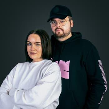 Fanny och Björn Ranelid på slottet