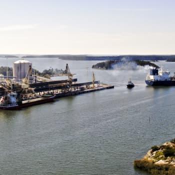 Työvoimaa autotehtaalle ja puhdas Saimaa - kuntapäättäjien tavoitteita vaalien alla