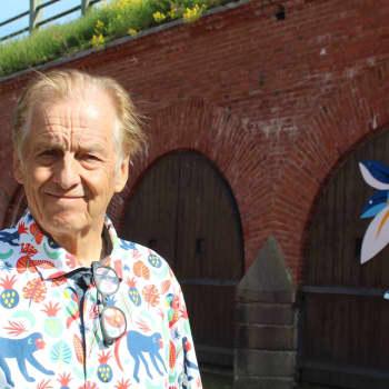 Ulkomaankirjeenvaihtajana pitkän uran tehnyt Rauli Virtanen avaa nyt valokuvanäyttelyn Haminassa