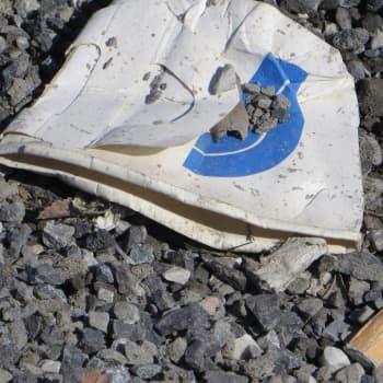 Roska päivässä -liikkeen Tuula-Maria Ahonen on törmännyt luonnossa hämmästyttäviin roskiin, mutta yleisin on edelleen tumppi
